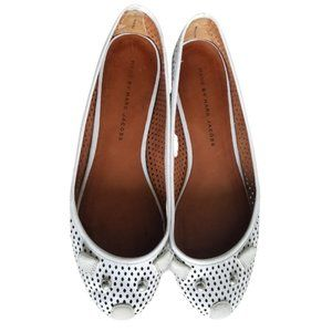 MARC JACOBS White & Gray Mouse Flats!!